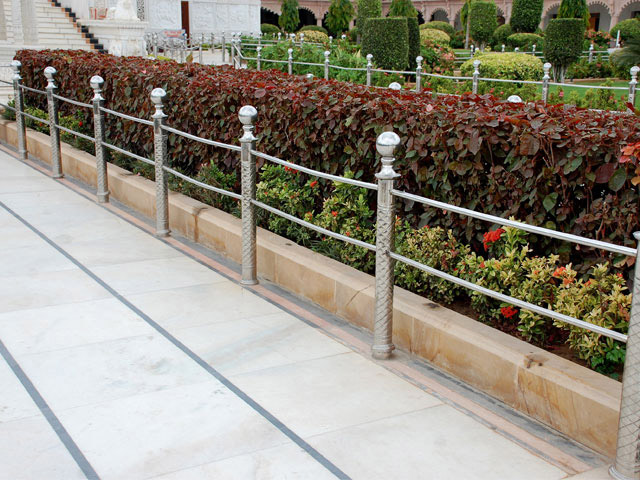 SS Pipe Handrail Pillar Railing Design