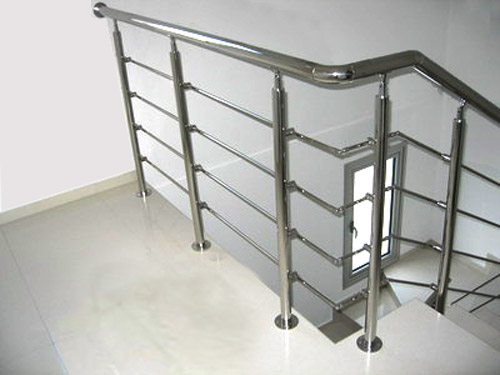 SS Balustarde Stair Horizontal Railing Design