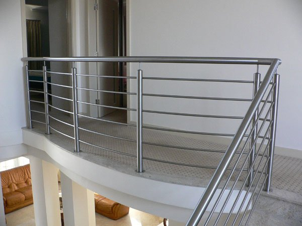 Stainless Steel Baluster Balcony Railing and Stair Railing